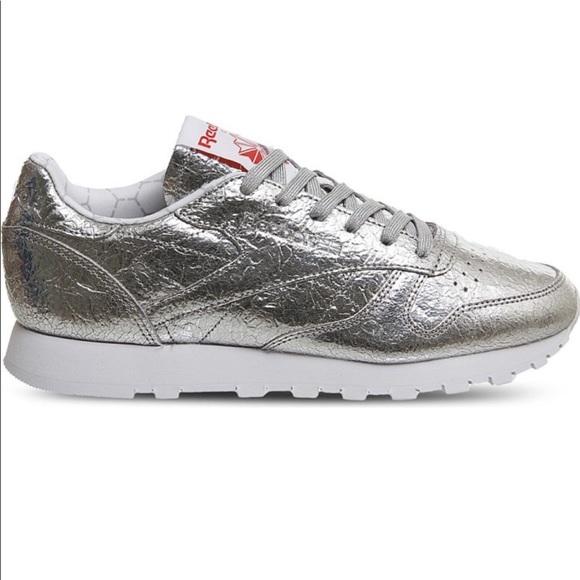 49908eda9d5a3 Reebok Classic Leather Retro Heritage Sneakers. M 5c72aea5409c1559c199e51c